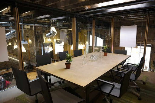 Innovative Hub for Meetings and Creative Outbursts