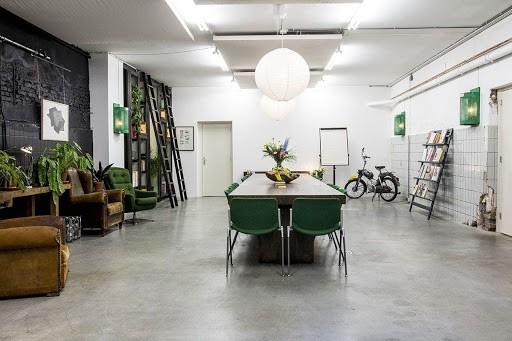 Large Industrial Daylight Studio