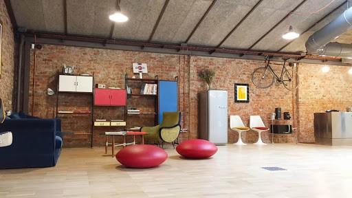Modern Hackathon Venue in Milan with a Unique Decoration