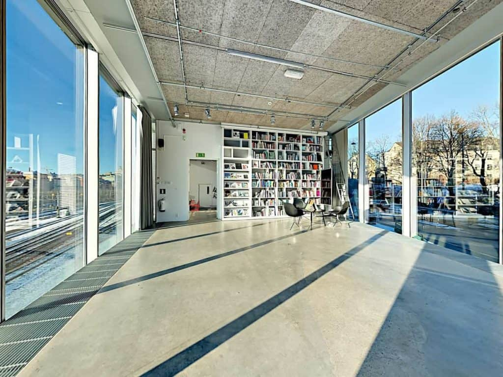 Multipurpose and Bright Exhibition Space in Stockholm