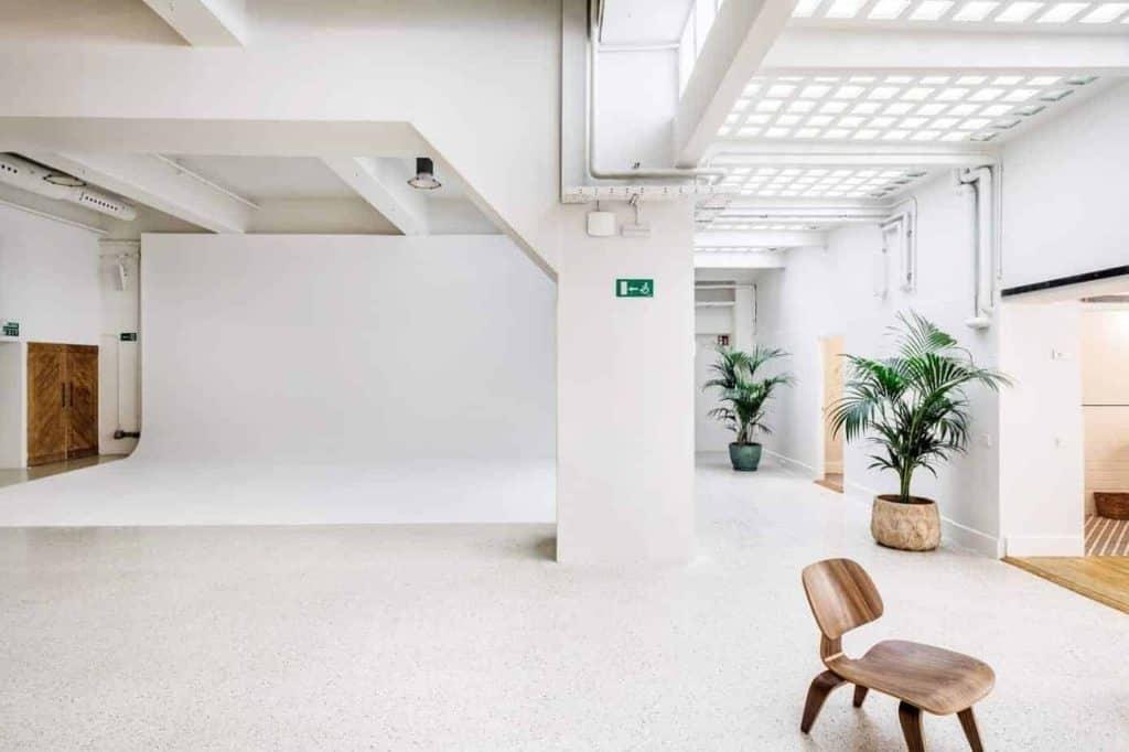 Diaphanous Photo Studio in Madrid