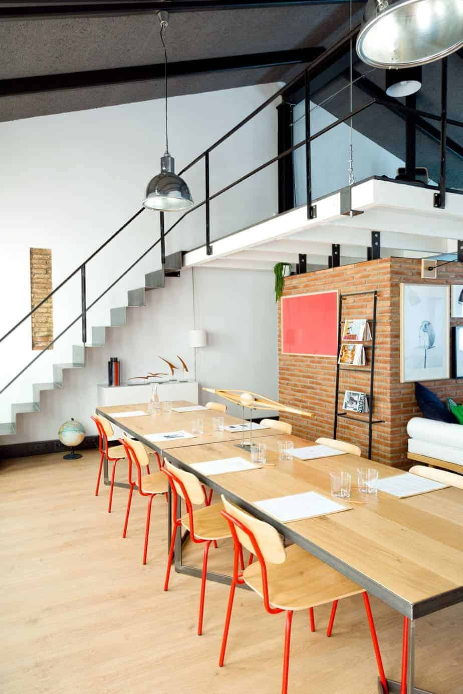 Fully Equipped Discussion Space in Barcelona