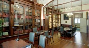 Historical Seminar Room for Hire in Barcelona