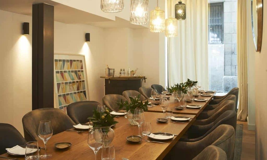 Inspiring Seminar Room in Barcelona with Trendy Design