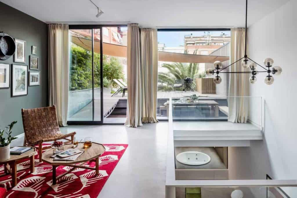 Luxurious Summer Party Venue in Barcelona