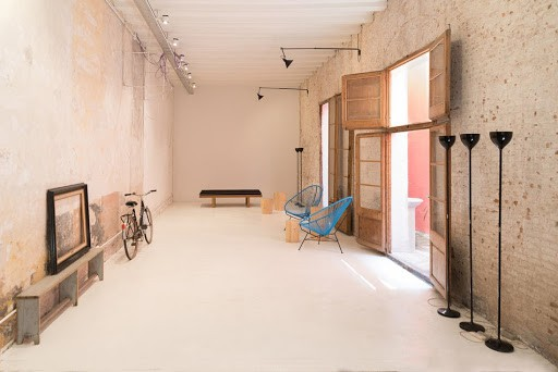 Rustic Blank Canvas Space in Barcelona
