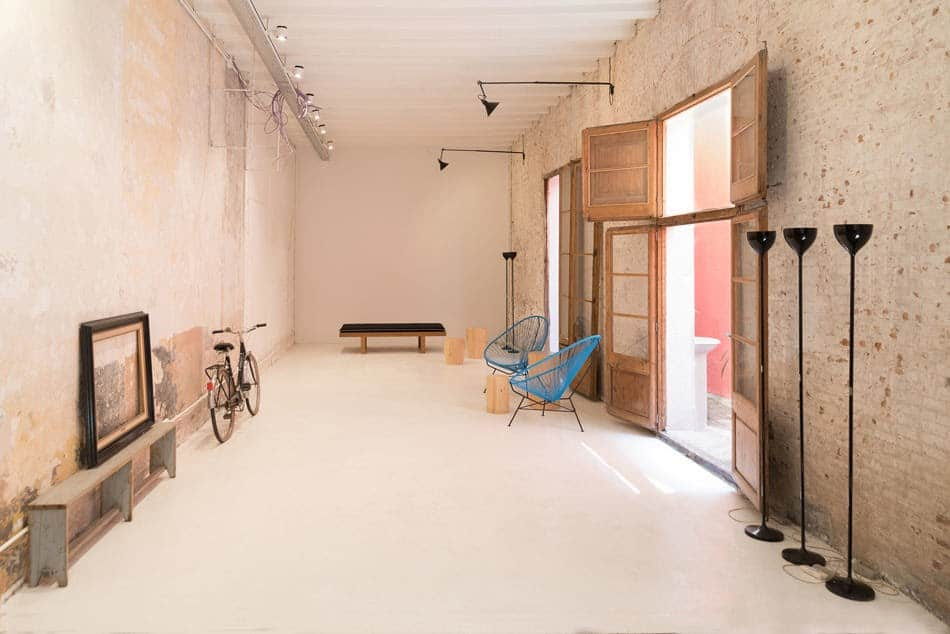 Rustic and Charming Exhibition Space in Barcelona