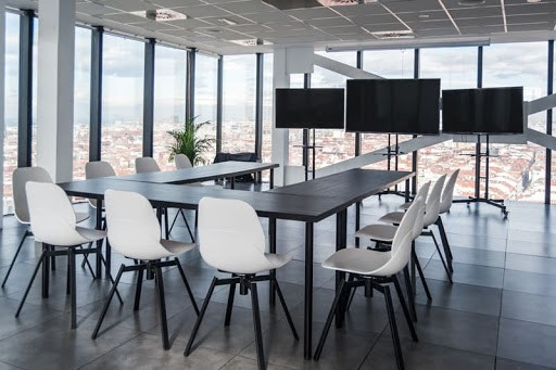 Workshop Space for Hire in Madrid with Panoramic Views