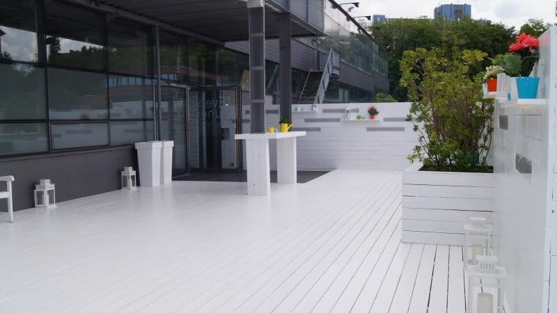 refreshing-outdoor-area