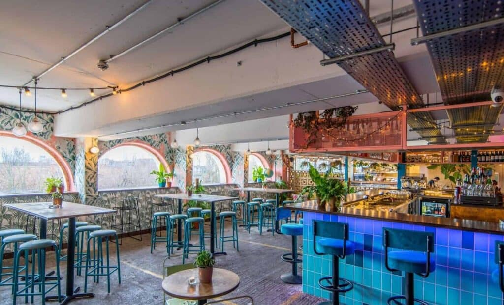 Hip and vibrant bar for celebrations in London. Space for corporate parties up to 100 people.
