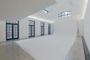Eco-friendly blank canvas space in London. venue for exhibitions and private dining.