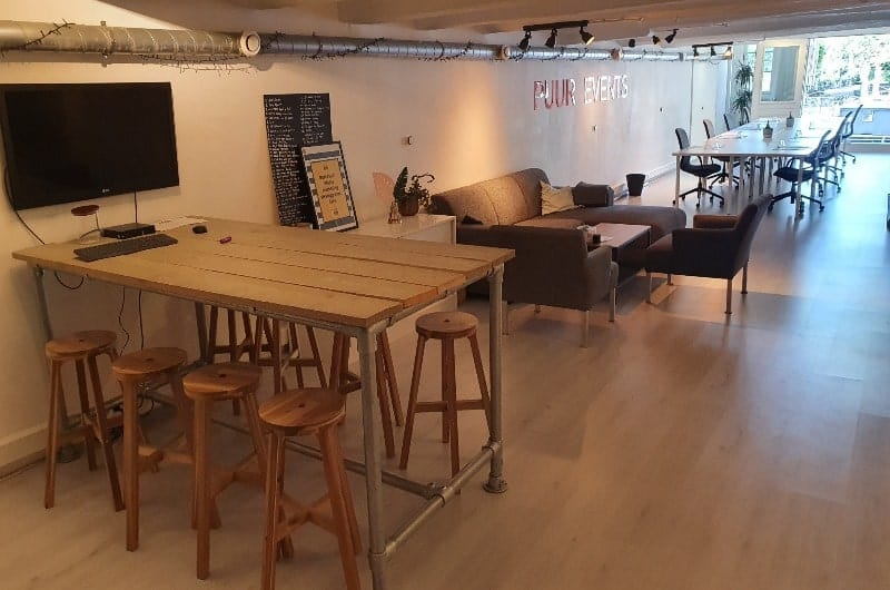 Quirky and hip meeting space with raw finishingin Amsterdam. Venue for workshops, private dining and brainstorming sessions.